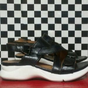 Bussola black & white sandals